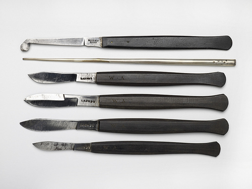 Set of surgeon's knives by Birmingham Museum and Art Gallery